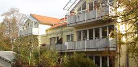 Mehrparteienhaus in Berg